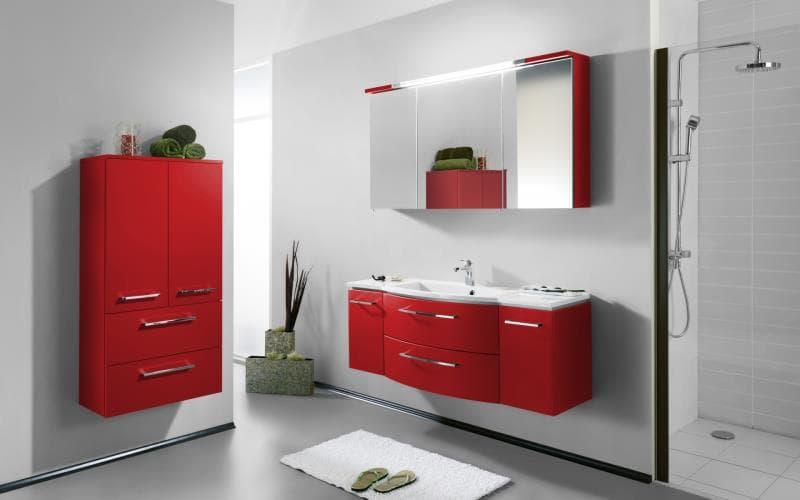 Saturn Gloss Red Bathroom