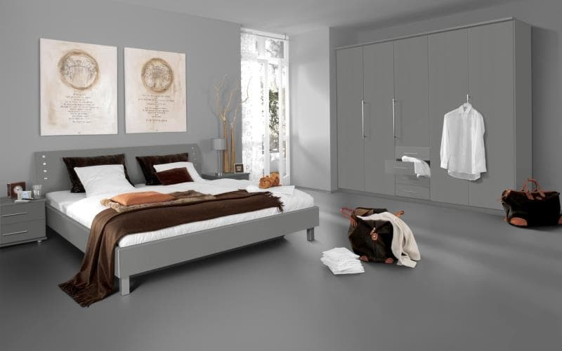Saturn Gloss Silver Bedroom