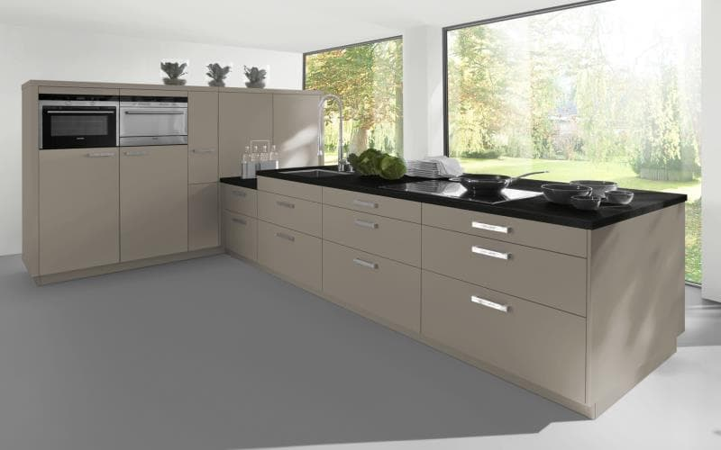 Sorrento Gloss Cashmere Kitchen