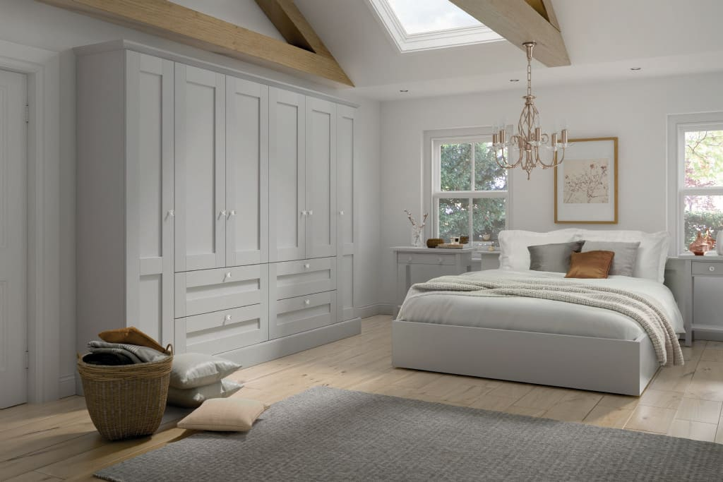 5Piece fenwick bedroom white grey