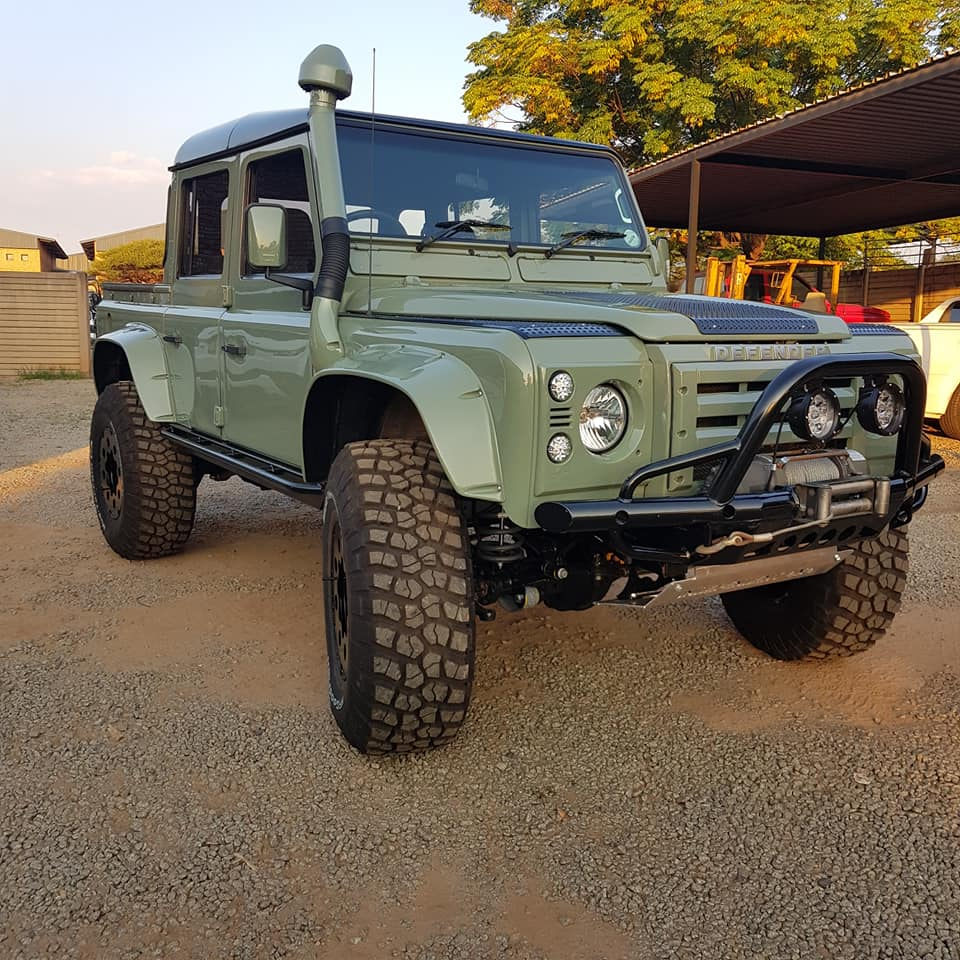 """Land Rover Defender 110 Td5 """"04 Double Cab"""