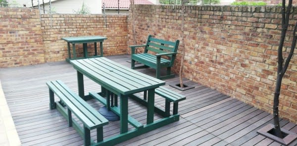 Green Furniture & Projects