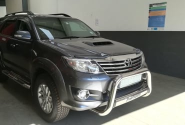 USED CAR 2014 TOYOTA FORTUNER 3.0 D4D