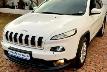 For Sale 2015 Jeep cherokee 2.4 longitude