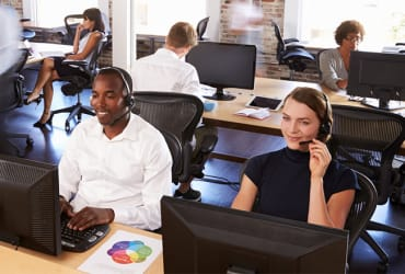Outbound call centre sales agents