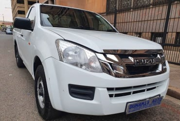 Pre-owned  Isuzu kb250  For Sale