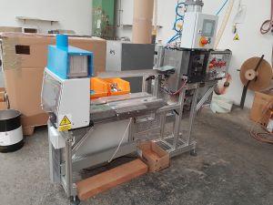 Zařízení pro střih a montáž tzv. tuleního pásu
