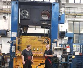 Service und Überholung von Umformmaschinen