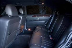 Airport Corporate Limo - Our Town Cars Have Leather Interirors