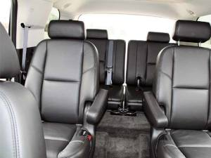 Airport Corporate Limo - Limousine