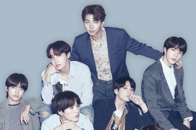Южнокорейская группа BTS поставила рекорд по числу зрителей онлайн-концерта