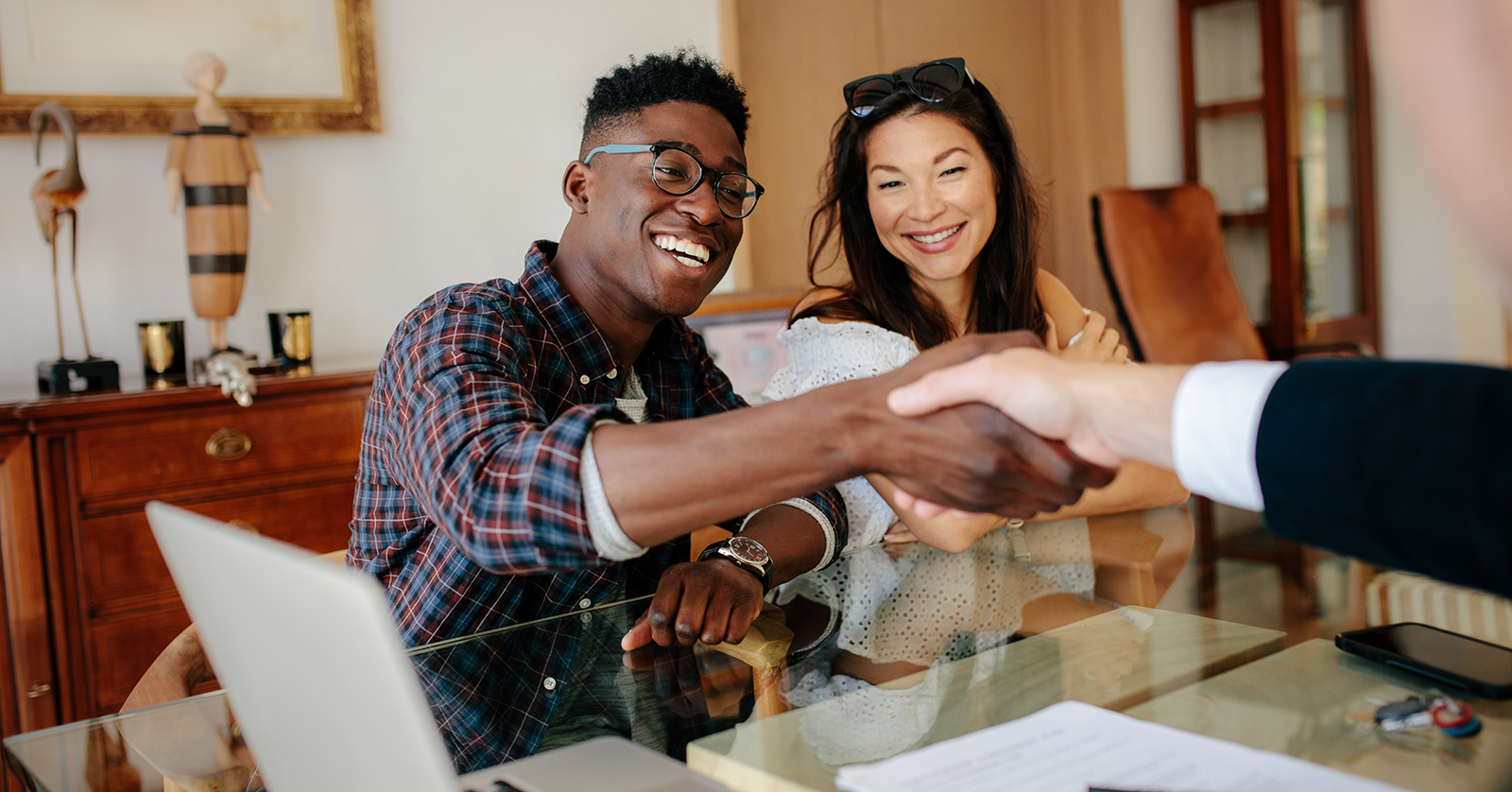 How to Find the Perfect Real Estate Agent for Your Home Sale