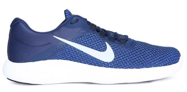 white blue nike running shoes for men