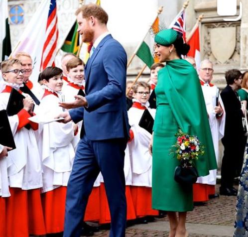 Принц Гарри и Меган Маркл дали обещание раскрыть тайны королевской семьи