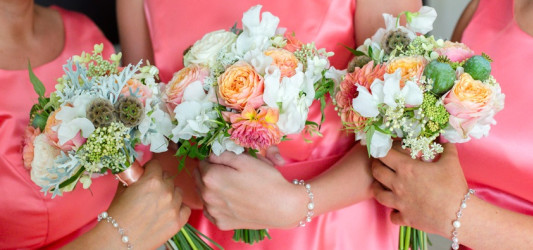 How to Choose Perfect Bridesmaids Accessories