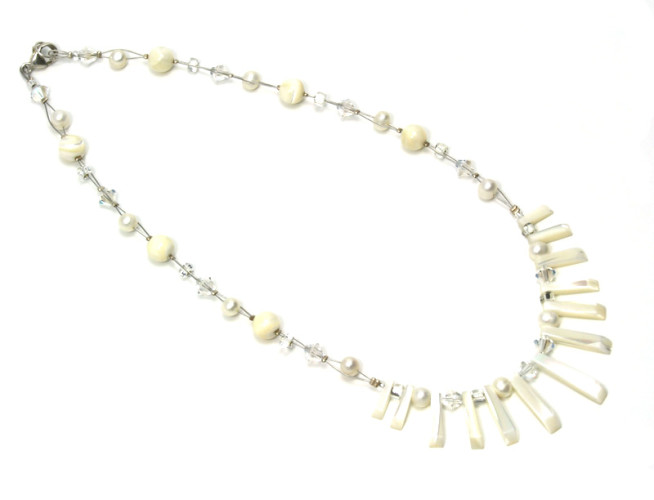 Fashion Jewellery Mother of Pearl Fan Necklace