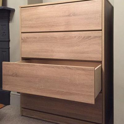 Push to open drawers in grey bardolino oak
