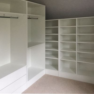 walk in wardrobe hanging space and shelves