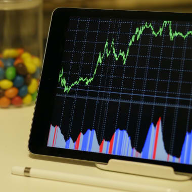 Pandemic Trading Pushes Startup Brokerage Firm Robinhood to the Top in Monthly Trades