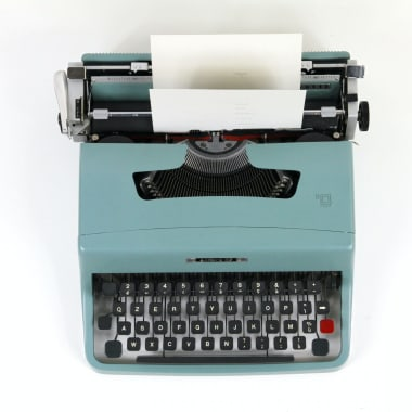 7 Landing Page Copywriting Tips For More Conversions