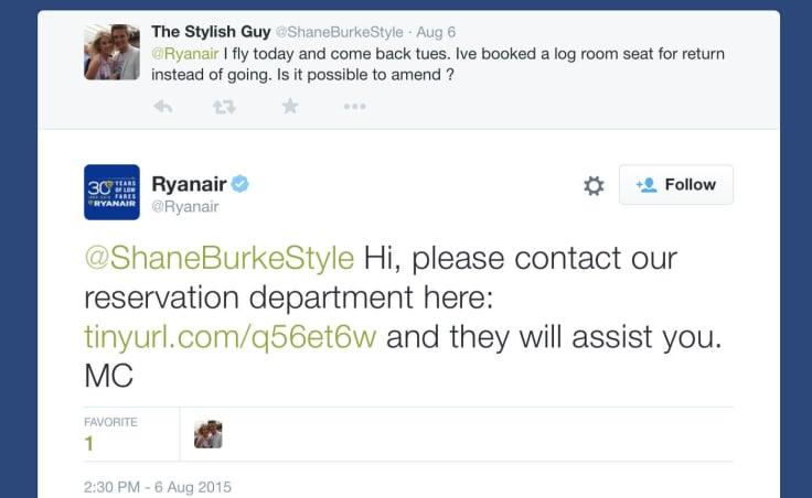 Ryanair uses chat links in their tweets
