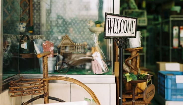 Shop exposition welcome sign proactive customer service