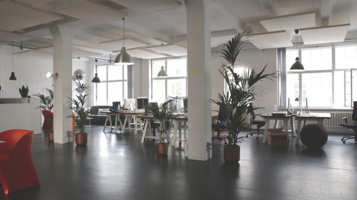 Modern office engage and create team management style