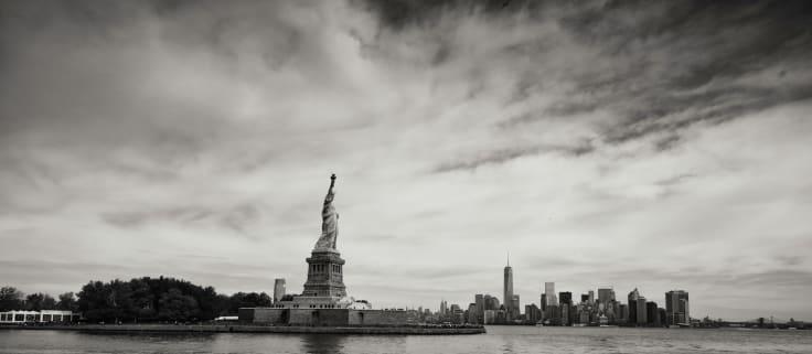 New york statue liberty manhattan