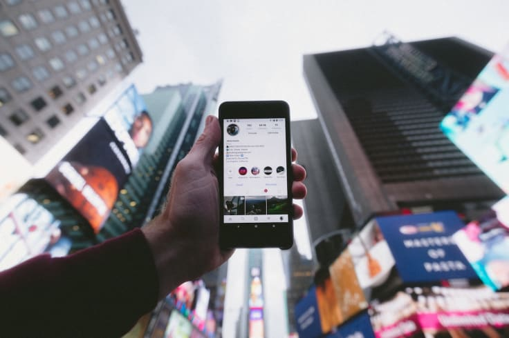 Buying decision process on instagram phone