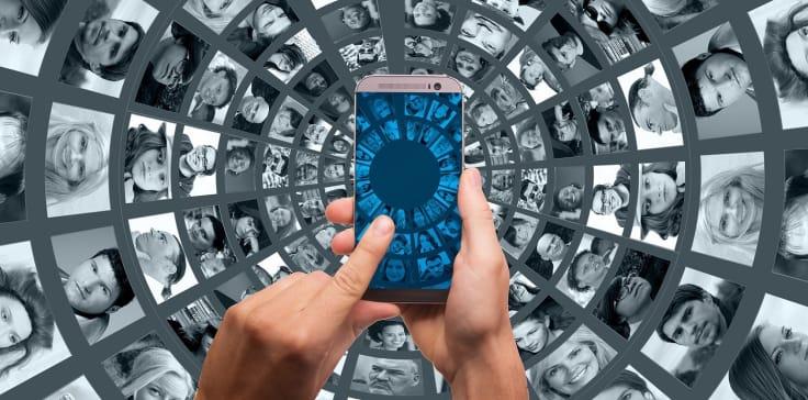 Text messagin ecommerce graphics