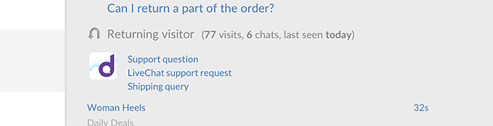 Visitor's ticketing history in the chat window