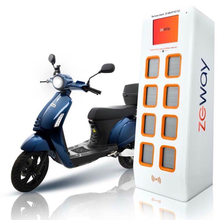 scooter électrique swapperone et borne de batterie échangeable
