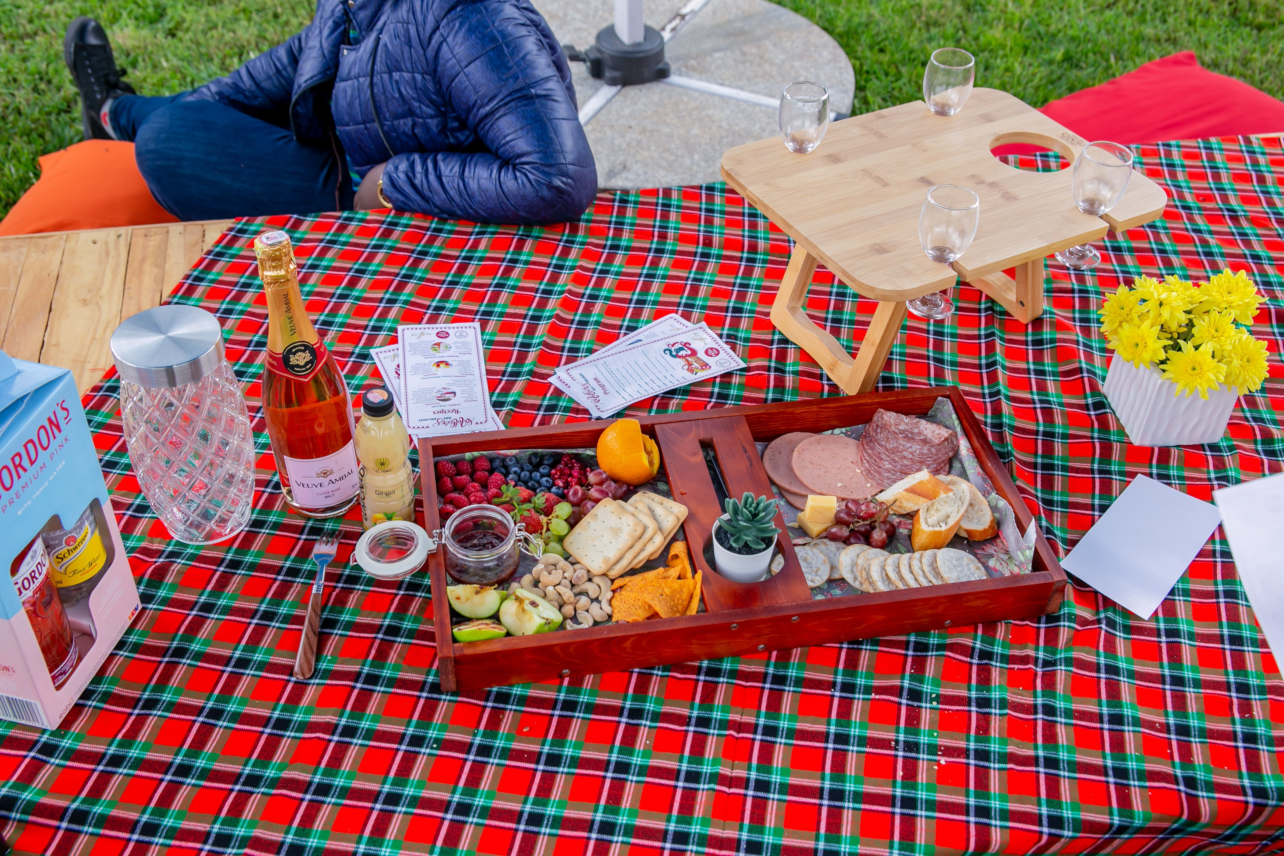 Our Green Alternative: Simple Ways To Host An Eco-friendly Picnic