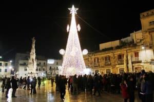 """Luminoso Natale"" 2019 a Ostuni"