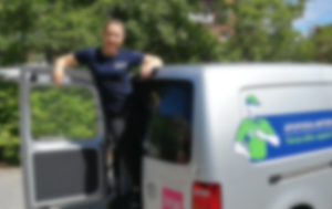 Appari-Siiri kuvasi videon päivästään lounasravintolan apulaisena Lauttasaaressa.