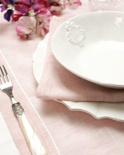 tafelloper-roze-piping-detail