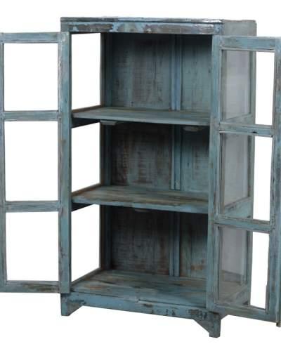 Blauw vitrinekastje open