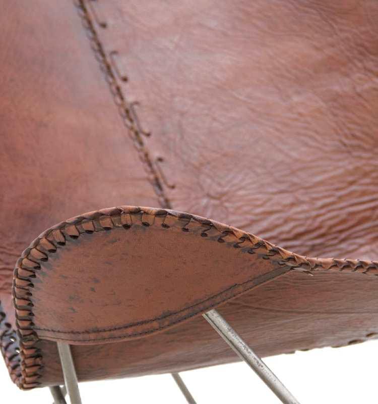 Vlinderstoel bruin detail leer