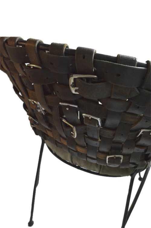 Riemenstuhl Detail Rückseite