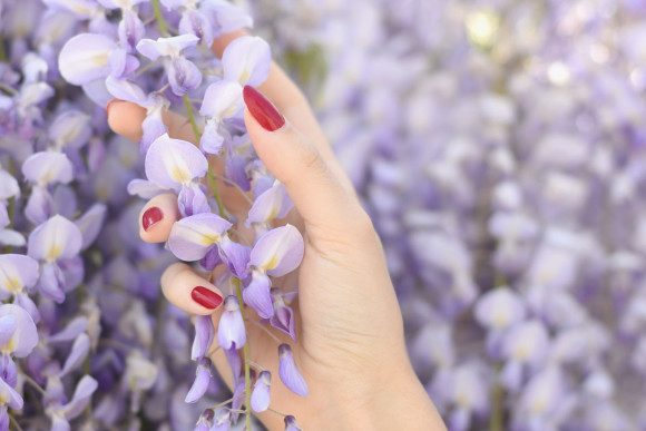 How to Keep Your Manicure From Chipping