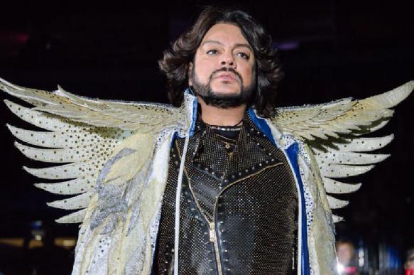 Киркоров из-за нехватки средств начал распродавать костюмы