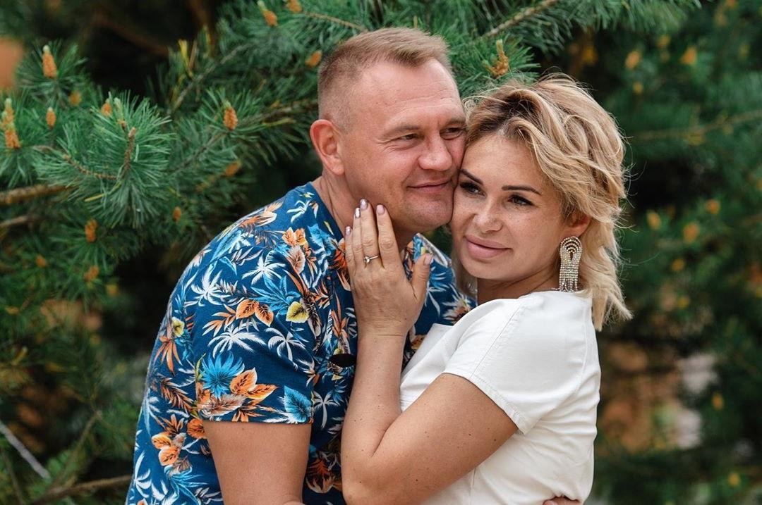 Степан Меньщиков и Ангелина Монах сыграли свадьбу на «Доме-2»