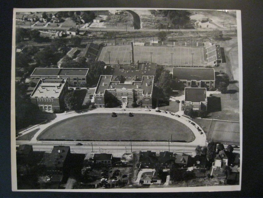 Belleville Township High School, 1945
