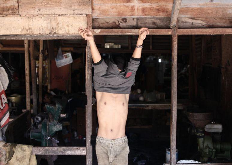 Une autre vision. Mataram, Indonésie. 2010