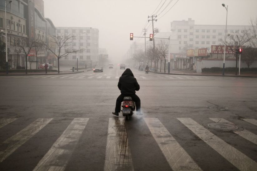 La voie est libre. Tai'an, Chine. 2010
