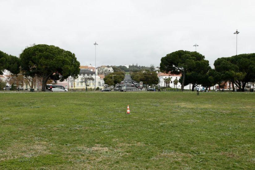 L'obstacle. Lisbonne, Portugal. 2014