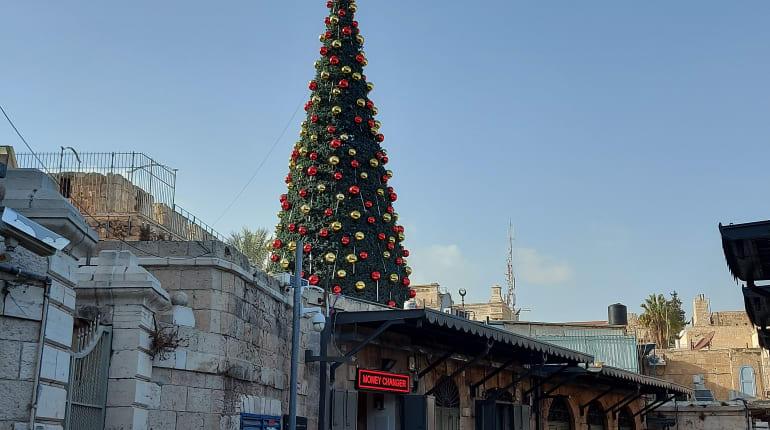 סיור אווירת הכריסטמס ברובע הנוצרי