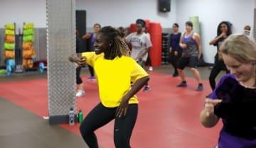 Beyonce style Vs Jamaïcan and Afrobeats Dance Class - Funzing