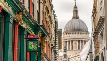 nopeus dating Oxford Street