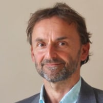 Dr. Tom Starke